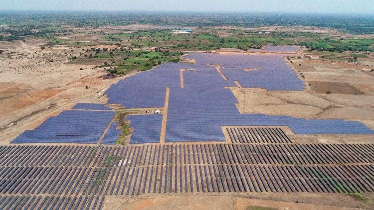 Solarkraftwerk in Maharashtra Indien